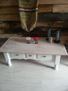 Brocante salontafel.  Made by www.labellaliving.nl