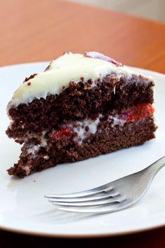 La Cucinetta: O bolo de aniversário que não era pra ser, tentou ser, quase não foi mas acabou fondo.