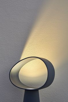 Direct light ceramic table lamp ECLIPSE by Miniforms design E-ggs