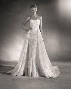 Atelier Pronovias 2017 Edith wedding dress with strapless sweetheart neckline mermaid overskirt