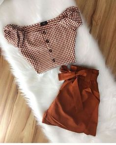I like the outfit's tone and the off the shoulder fit. Spring Fashion Outfits, Cute Summer Outfits, Cute Fashion, Fall Outfits, Casual Outfits, Daily Fashion, Mode Kawaii, Jugend Mode Outfits, Tumblr Outfits
