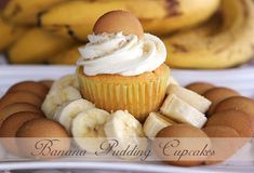 Sweet Southern Blue: BANANA PUDDING CUPCAKES (starts with a cake mix.but I would definitely substitute butter for the shortening in the frosting! Banana Pudding Cupcakes, Yummy Cupcakes, Mocha Cupcakes, Gourmet Cupcakes, Strawberry Cupcakes, Easter Cupcakes, Velvet Cupcakes, Flower Cupcakes, Christmas Cupcakes