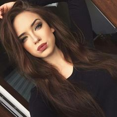 40 Most Beautiful and Easy Hairstyles for Long Curly Hair Hair Color chocolate hair color Brown Hair Shades, Light Brown Hair, Brown Hair Colors, Hair Colours, Dark Chestnut Brown Hair, Dark Brown Hair Rich, Mahogany Brown Hair, Natural Dark Hair, Brown Hair Green Eyes