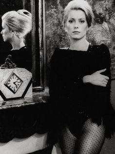 Catherine Deneuve dans « La sirène du Mississipi ».