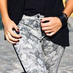 Snake  .  .  .  #animalprint #snakeprint #fashion #trends #wild #spirit #details #fashionista #oldbutgold Wild Spirit, Fashion Stylist, Snake Print, Cool Style, Sequin Skirt, Stylists, Street Style, Fashion Trends, Outfits