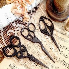 Antique Vintage Style Craft Embroidery Cross Stitch Decorative Scissors in Collectables, Sewing/ Fabric/ Textiles, Tools/ Scissors/ Measures   eBay