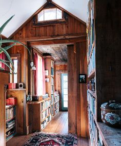 """The hallway/library as it's been for decades at the @deslindseya and @homestead_custom_sawmilling home. : @katalves"""