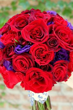 #red #rose and #purple #lisianthus bridal bouquet  http://hellodarlingchicago.blogspot.com/2012/07/garden-glam-at-peninsula-chicago.html