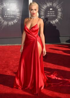 HIT- silver screen glamour  VMAs Best Dressed: This Red Carpet is Here to Party