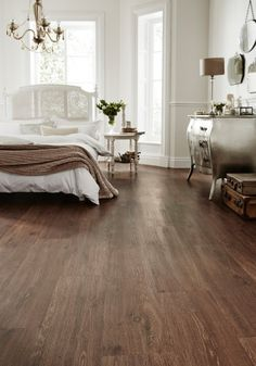 """Learn stylish ways to add eco-friendly décor to your home 