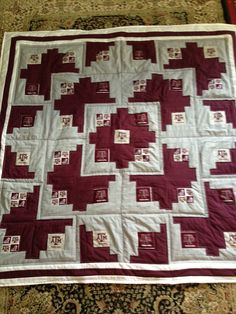 Texas A&M stadium quilt, approximately 5'x5' excellent for those chilly games as winter approaches.  Or, toss on your bed or across the back of your sofa.  Can also be a wall-hanging.  750 or best offer.