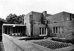 Wolf House- Mies Van der Rohe
