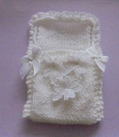Angel Sleeping Pocket 4 mm needles Dk yarn white ribbon To fit chest Approx. Length Cast on 24 stitches Knit . Baby Hat Knitting Pattern, Baby Hats Knitting, Knitting Patterns Free, Knit Patterns, Knitting Ideas, Baby Doll Clothes, Doll Clothes Patterns, Doll Patterns, Preemie Clothes