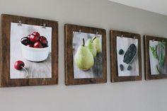 Con tablones de madera envejecidos y diferentes láminas podemos elaborar preciosos cuadros para decorar cualquier estancia de la casa.