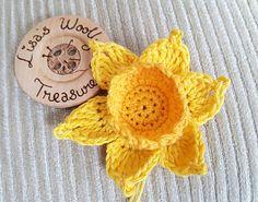 Daffodil - free crochet pattern by Lisa J Taylor / Lisaswoollytreasures.