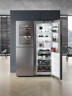 Kitchen Aid Appliances, Kitchen Appliance Storage, White Appliances, Copper Appliances, Home Decor Kitchen, Kitchen Design, Miele Kitchen, Large Fridge Freezer, Freestanding Fridge