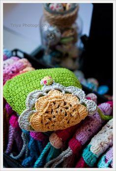 Sweet handmade purse from 100% cotton yarn and lining. @Katarzyna C C Szczytowska.nl