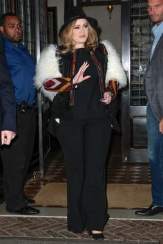Adele Photos - Adele Out and About in NYC - Zimbio