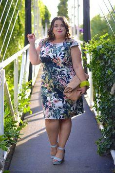 Plus Size Fashion - Danielle Vanier