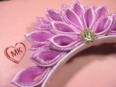 Diy Lace Ribbon Flowers, Kanzashi Flowers, Diy Ribbon, Satin Flowers, Ribbon Work, Ribbon Crafts, Felt Flowers, Fabric Flowers, Ribbon Headbands