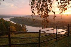 Вид на реку Оку возле дома поэта Сергея Есенина в д. Константиново Рязанской…