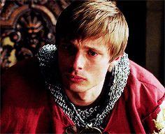 Heartbreaking Crying Arthur is heartbreaking. Tumblr