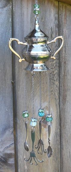Whimsical Wind Chime Sugar Bowl with Decorative Spoons Forks Glass Beads Mobiles, Sugar Bowl, Silverware Art, Cutlery, Diy Wind Chimes, Junk Art, Garden Crafts, Yard Art, Suncatchers