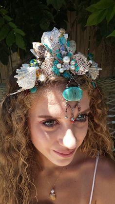 Mermaid crown with seashells, pearls and tuorquiose tones. Seashell Crown, Starfish, Costume Ideas, Costumes, Mermaid Crown, Pink Stuff, Head Piece, Fantasy Jewelry, Gem Stones