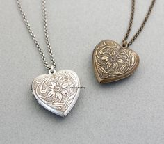 Antique style Heart Locket Necklace N0308S by zizibejewelry
