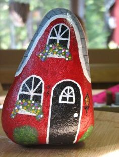 Painted Rocks – More than 300 Picture Ideas – Arts And Crafts – All DIY Projects Pebble Painting, Pebble Art, Stone Painting, House Painting, Painting Art, Rock Painting Patterns, Rock Painting Ideas Easy, Rock Painting Designs, Stone Crafts