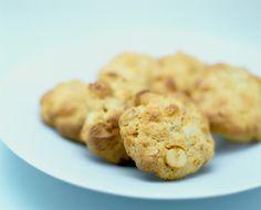 Anzac oatmeal cookies