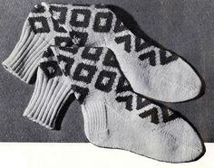NEW! Bold Diamond Argyle Socks knit pattern from Hats-Mittens-Socks, Coats & Clark's Book No. 135 from 1962.