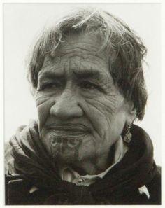 Portrait of Maori Woman with Moko by ans westra Maori Tattoos, Tribal Tattoos, Once Were Warriors, Polynesian People, Tattoed Women, Maori People, Atelier D Art, Cultural Appropriation, Maori Art