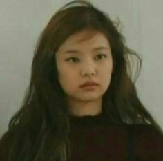 """""""The kpop industry forbids any close friendship between boy and girl … Memes Blackpink, Funny Kpop Memes, Girl Memes, Bts Meme Faces, Funny Faces, Blackpink Jennie, Kpop Girl Groups, Kpop Girls, Kim Meme"""