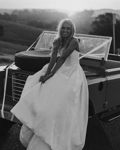 Wedding Car, Car Photos, White Dress, Instagram, Dresses, Fashion, Vestidos, Moda, La Mode