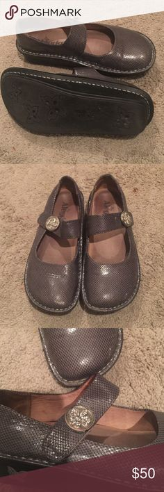 Algeria shoes Comfy  all leather work shoe,  metallic grey snake print with bling button , some wear shown on last pic but lots of life left . Very comfy , great way to try this brand without paying retail. Alegria Shoes Flats & Loafers