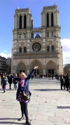 Notre-Dame, Paris; from a travel blog by www.traveljunkiegirl.com
