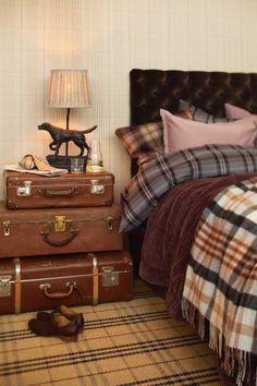 masculine bedroom decor mantiques old suitcases leather headboard plaid bedding Interior, Home, Vintage House, Bedroom Design, Plaid Bedroom, Masculine Bedroom Design, House Interior, Bedroom Inspirations, Home Interior Design