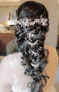 Bridal mermaid hairstyle.