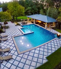 51 Hottest Swimming Pool Design Ideas For Your Beautiful Home These wonderful pool design ideas will change your yard right into an exterior oasis. Obtain swimming pool ideas from countless photos, insightful posts and also videos concerning swimming pool Swimming Pool Landscaping, Swimming Pool Designs, Pool Decks, Backyard Landscaping, Landscaping Ideas, Backyard Pools, Home Swimming Pool, Home Pool, Backyard Gazebo
