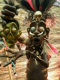 Pygmy witch doctor with shrunken head by Adam Dougherty Voodoo Halloween, Vintage Halloween, Tiki Art, Tiki Tiki, Clay Monsters, Tiki Totem, Scary Dolls, Witch Doctor, Creepy Pictures