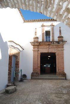Convento de los Jerónimos  s.XVII el cual aberga el Museo del Santo Rosario y Colección Arqueológica. UnicoEnElMundo