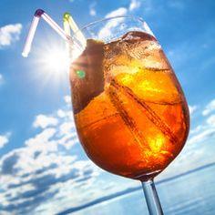 Sommerlicher Drink, Strandbar, Erfrischungsgetränk, Alkohol