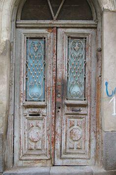 1402 Imperfect Doors