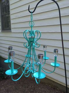 Outdoor solar chandelier - bought an old rusty antique store chandelier and repa. - Outdoor solar chandelier – bought an old rusty antique store chandelier and repainted, glued in t - Backyard Projects, Outdoor Projects, Garden Projects, Outdoor Decor, Outdoor Lamps, Garden Tips, Herb Garden, Garden Art, Garden Ideas