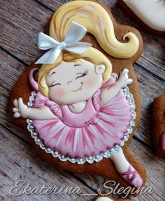 Sweet ballerina cookie Cookies For Kids, Baby Cookies, Cute Cookies, Birthday Cookies, Cookies Et Biscuits, Cupcake Cookies, Sugar Cookies, Cupcakes, Cookie Icing