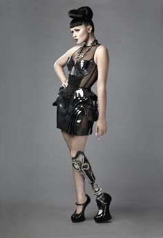https://www.flicklearning.com/courses/people-skills/equality-and-diversity-training-for-managers Viktoria Modesta