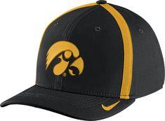 timeless design 6dafe 0c94f Nike Men s Iowa Hawkeyes Black Aerobill Swoosh Flex Classic99 Football  Sideline Hat