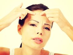 As the bridal season is currently on, one thing brides are afraid of is waking up on D-day with a pimple on their face. That one little spot can spoil everything! And the worst part is they take forever to leave. So get ready to fight them with your everyday kitchen ingredients. Image courtesy: © Thinkstock/ GettyImages Must-see:You'll Never Believe the Health Benefits of Just a Dash of Lemon!