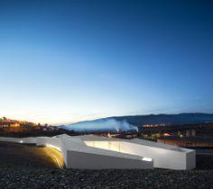 Álvaro Andrade   Centro de Alto Rendimento de Remo do Pocinho (Foz Côa), Portugal   CENTER FOR HIGH YIELD - ROWING   POCINHO (FOZ CÔA), PORTUGAL   © Fernando Guerra, FG+SG Architectural Photography
